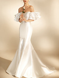 cheap -Mermaid / Trumpet Wedding Dresses Off Shoulder Sweep / Brush Train Satin Short Sleeve Simple Sexy with Ruffles 2021