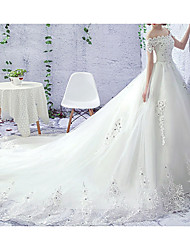 cheap -Princess A-Line Wedding Dresses Off Shoulder Court Train Lace Tulle Short Sleeve Formal Luxurious with Beading Appliques 2021