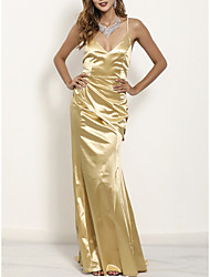 cheap -Mermaid / Trumpet V Neck / Spaghetti Strap Sweep / Brush Train Charmeuse Bridesmaid Dress with Pleats