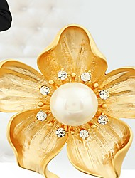 cheap -Women's Synthetic Diamond Brooches Classic Flower Fashion Sweet Brooch Jewelry Gold For Daily Work