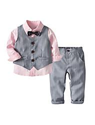 Kleidersets für Jungen