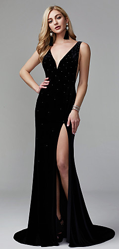 cheap -Mermaid / Trumpet Celebrity Style Minimalist Furcal Formal Evening Dress Plunging Neck Sleeveless Sweep / Brush Train Velvet with Pleats Sequin Split Front 2020