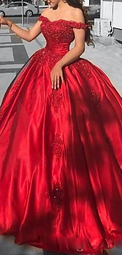 levne -Plesové šaty Luxusní Červená Quinceanera Formální večer Šaty Pod rameny Krátký rukáv Extra dlouhá vlečka Krajka Satén s Aplikace 2020