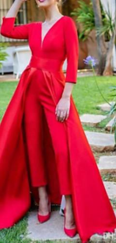 levne -Overal Elegantní Červená Maturitní ples Formální večer Šaty Do V 3/4 délka rukávu Na zem Satén s Overskirt Rozparek vpředu 2020