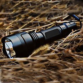 preiswerte Camping&Wandern-LED Taschenlampen Taktisch Wiederaufladbar 200 lm LED 1 Sender 5 Beleuchtungsmodus inklusive Batterie und Ladegerät Taktisch Wiederaufladbar Camping / Wandern / Erkundungen Schwarz