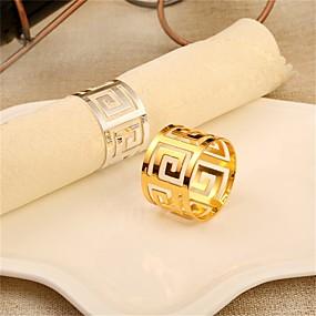 preiswerte Servietten-Ring-Moderne Freizeit Edelstahl Kreisförmig Servietten Ring Mit Mustern Tischdekorationen 1 pcs