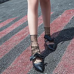 preiswerte Wandergeschäft-1 Paar Damen Socken Standard Punkt Deodorant Süßer Style Nylon EU36-EU46