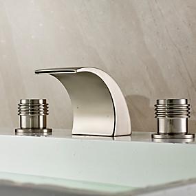 preiswerte Badarmaturen-Waschbecken Wasserhahn - Wasserfall / Verbreitete Gebürsteter Nickel 3-Loch-Armatur Zwei Griffe Drei LöcherBath Taps