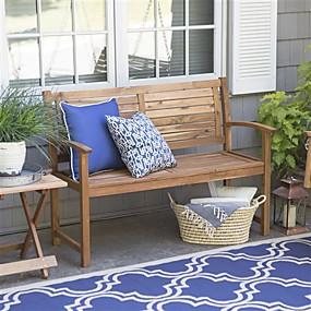 preiswerte Outdoor-Bänke-4-Fuß-Gartenbank mit klassischer Lamellenrückseite und Patiosessel aus Akazienholz