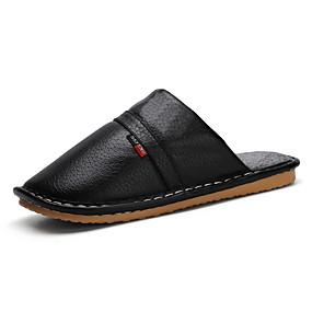 preiswerte Herren Hausschuhe und Flip-Flops10210516-Herrn Komfort Schuhe PU Winter Freizeit Slippers & Flip-Flops Walking warm halten Schwarz / Braun