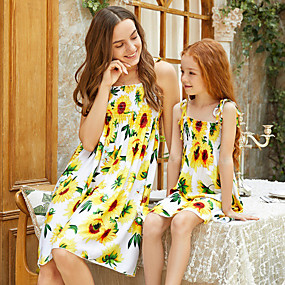 cheap Fashion Trends-Mommy and Me Vintage Sweet Floral Color Block Lace up Print Sleeveless Knee-length Dress Yellow