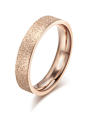 billige Fashion Rings-Dame Band Ring Gylden Titanium Stål damer Mote Italiensk Bryllup Fest Smykker stardust