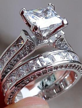 billige Smykker Avtale-Dame Forlovelsesring Belle Ring Diamant Kubisk Zirkonium Syntetisk Diamant 2pcs Sølv Grønn Ring til sølvdrag Rustfritt Stål Geometrisk Form Fire tenger damer Uvanlig Unikt design Bryllup Engasjement