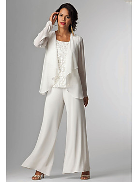 cheap The Wedding Store-Pantsuit / Jumpsuit Mother of the Bride Dress Elegant Plus Size Bateau Neck Floor Length Chiffon Sleeveless with Beading 2020