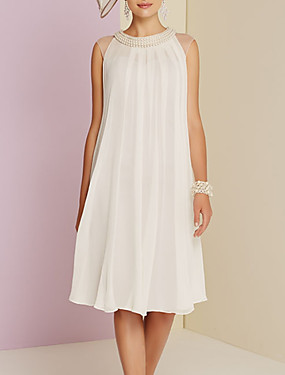 cheap New Arrivals-Sheath / Column Mother of the Bride Dress Elegant Jewel Neck Knee Length Chiffon Sleeveless with Pleats Beading 2020