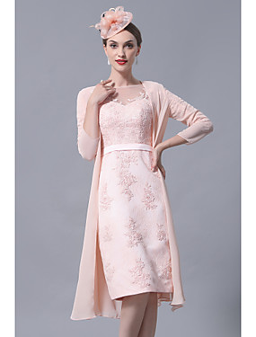cheap New Arrivals-Sheath / Column Mother of the Bride Dress Elegant Vintage Plus Size Bateau Neck Knee Length Chiffon Lace 3/4 Length Sleeve with Appliques 2020 / See Through Mother of the groom dresses