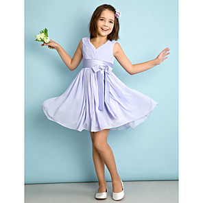 cheap Party Hats-A-Line V Neck Knee Length Chiffon Junior Bridesmaid Dress with Bow(s) / Criss Cross / Natural