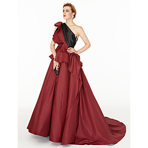 cheap Vehicle Working Light-Ball Gown Celebrity Style Holiday Cocktail Party Formal Evening Dress One Shoulder Sleeveless Court Train Satin Taffeta with Pleats Side Draping Color Block 2020