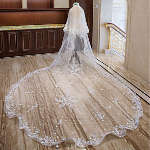 cheap Wedding Veils-Two-tier Sweet Wedding Veil Cathedral Veils with Appliques / Flower Comb Lace / Tulle / Mantilla