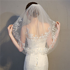 cheap Wedding Slips-Two-tier Stylish / Lace Applique Edge Wedding Veil Elbow Veils with Appliques 27.56 in (70cm) Lace / Tulle / Oval
