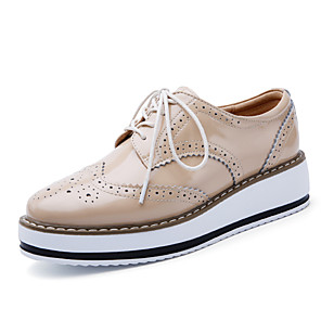 cheap Women's Heels-Women's Oxfords Flat Heel Round Toe Cowhide Casual / British Walking Shoes Spring &  Fall / Spring Burgundy / White / Black