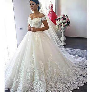 cheap Wedding Shoes-Ball Gown Wedding Dresses Off Shoulder Court Train Lace Short Sleeve Formal Sparkle & Shine with Appliques 2020