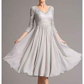 cheap Women's Heels-A-Line Mother of the Bride Dress Plus Size V Neck Tea Length Chiffon 3/4 Length Sleeve with Appliques 2020