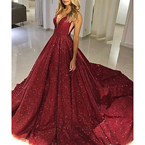 cheap Ballroom Dancewear-Ball Gown Sparkle Red Quinceanera Formal Evening Dress V Neck Sleeveless Chapel Train Tulle with Sequin 2020