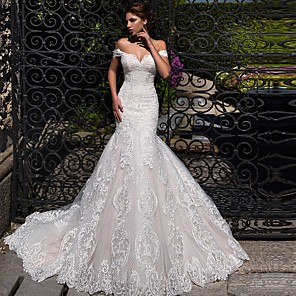 cheap Wedding Slips-Mermaid / Trumpet Wedding Dresses Off Shoulder Court Train Lace Tulle Short Sleeve Sexy Backless with 2020