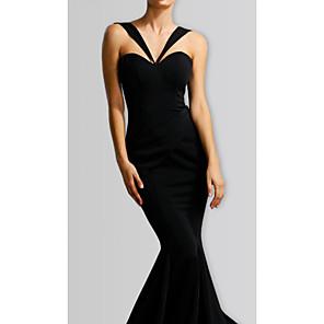 cheap Square & RectangularWatches-Mermaid / Trumpet Halter Neck Maxi Stretch Satin Bridesmaid Dress with Ruching