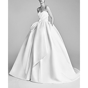 cheap Projectors-Ball Gown Wedding Dresses Strapless Sweep / Brush Train Satin Sleeveless Beach with Ruched 2020