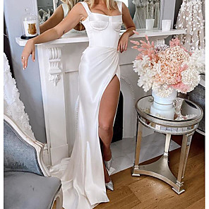 cheap Bridesmaid Dresses-Sheath / Column Wedding Dresses Square Neck Sweep / Brush Train Charmeuse Sleeveless Country Plus Size with Split Front 2020