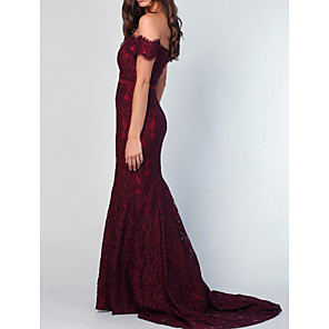 cheap Bridesmaid Dresses-Mermaid / Trumpet Off Shoulder Chapel Train Polyester / Lace Bridesmaid Dress with Ruching / Open Back