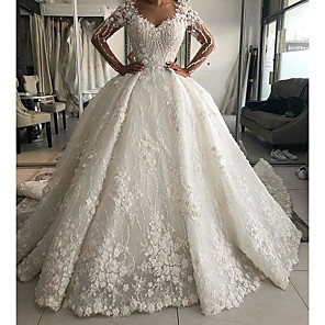 cheap Floral/Botanical Paintings-Ball Gown Wedding Dresses V Neck Sweep / Brush Train Lace Long Sleeve Country Plus Size with Lace Embroidery 2020