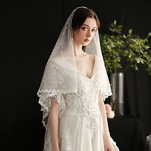 cheap Wedding Decorations-One-tier Lace Applique Edge / European Style Wedding Veil Fingertip Veils with Faux Pearl Tulle / Drop Veil