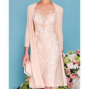 cheap Wedding Decorations-Two Piece Sheath / Column Mother of the Bride Dress Elegant Jewel Neck Knee Length Lace 3/4 Length Sleeve with Embroidery 2020