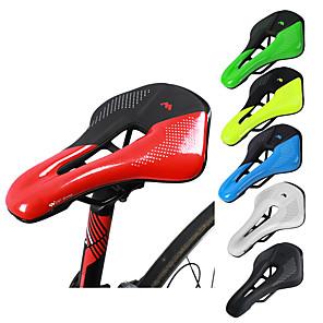 povoljno Bicikli-ultra lagano sedlo za bicikle, neklizajući ekstra udobni mekani jastuk otporan na vodu s prozračnim dizajnom za muškarce žene cestovne biciklističke sjedalice na cesti