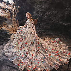 cheap Ballroom Dancewear-A-Line Floral Boho Prom Formal Evening Dress Jewel Neck Half Sleeve Court Train Lace Sequined with Embroidery 2020
