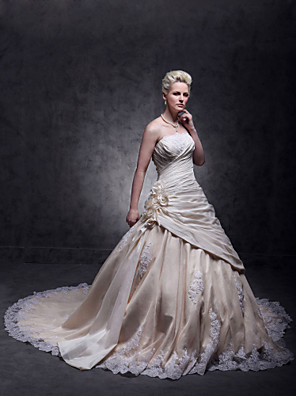 cheap Wedding Dresses-A-Line Wedding Dresses Strapless Cathedral Train Taffeta Beaded Lace Strapless Glamorous Plus Size with Beading Lace Insert Appliques 2020