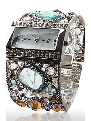 cheap Quartz Watches-Women's Luxury Watches Wrist Watch Diamond Watch Quartz Ladies Casual Watch Silver Analog