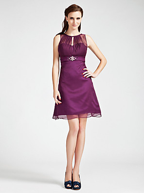 cheap Mother of the Bride Dresses-Princess / A-Line Bateau Neck Short / Mini Chiffon Bridesmaid Dress with Crystals / Beading / Draping / See Through