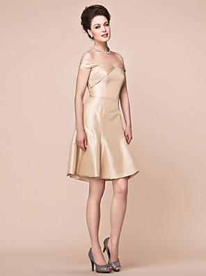 cheap Bridesmaid Dresses-A-Line Mother of the Bride Dress Elegant Off Shoulder Knee Length Taffeta Short Sleeve with Side Draping 2020