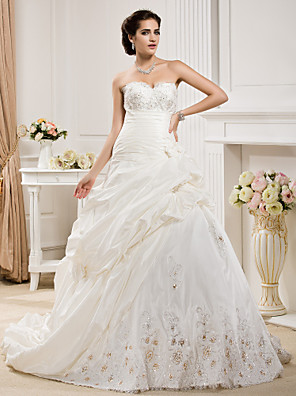 cheap Wedding Wraps-Ball Gown Wedding Dresses Sweetheart Neckline Court Train Taffeta Sleeveless with Pick Up Skirt Ruched Beading 2020