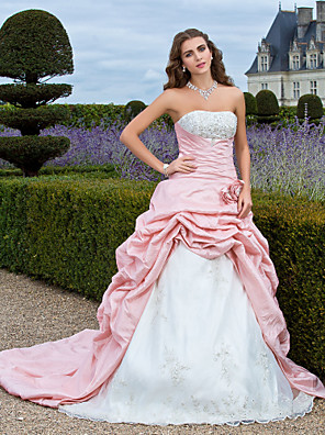 cheap Cocktail Dresses-Ball Gown Vintage Inspired Quinceanera Prom Formal Evening Dress Strapless Sleeveless Court Train Organza Taffeta with Pick Up Skirt Criss Cross Beading 2020 / Embroidery