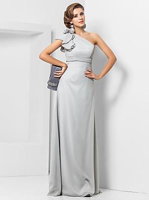 olcso Estélyi ruhák-Szűk szabású Elegáns Szürke Esküvői vendég Hivatalos estély Ruha Félvállas Ujjatlan Földig érő Sifon val vel Pántlika / szalag Rátétek 2020