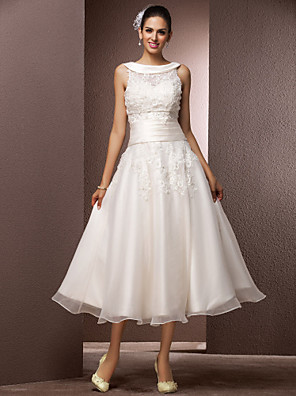 cheap Prom Dresses-A-Line Wedding Dresses Bateau Neck Tea Length Organza Floral Lace Regular Straps Formal Casual Illusion Detail with Pearl Beading Appliques 2020 / Yes