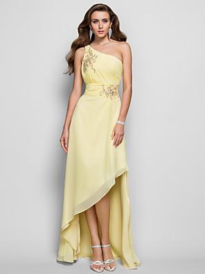 cheap Evening Dresses-Sheath / Column Elegant Yellow Cocktail Party Prom Dress One Shoulder Sleeveless Asymmetrical Chiffon with Beading Split Appliques 2020