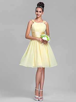 cheap Bridesmaid Dresses-A-Line Straps Knee Length Chiffon / Stretch Satin Bridesmaid Dress with Ruched / Draping
