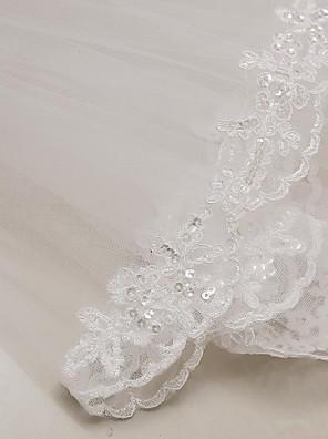 cheap Wedding Veils-Two-tier Lace Applique Edge Wedding Veil Elbow Veils with Appliques 31.5 in (80cm) Tulle