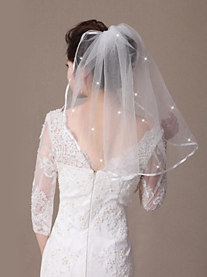 cheap Wedding Veils-One-tier Ribbon Edge / Beaded Edge Wedding Veil Shoulder Veils with Ribbon Tie / Scattered Crystals Style 21.65 in (55cm) Tulle